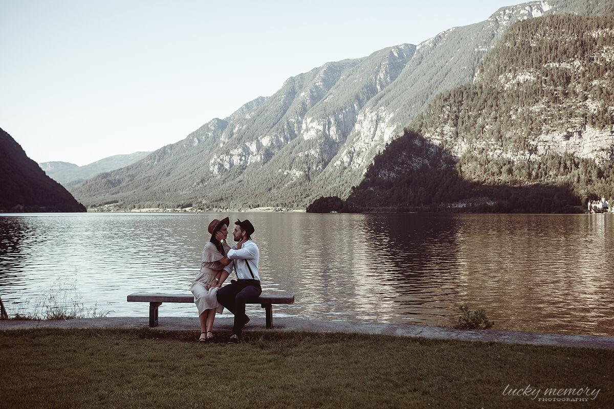 Love Story Photographer Hallstadt Austria