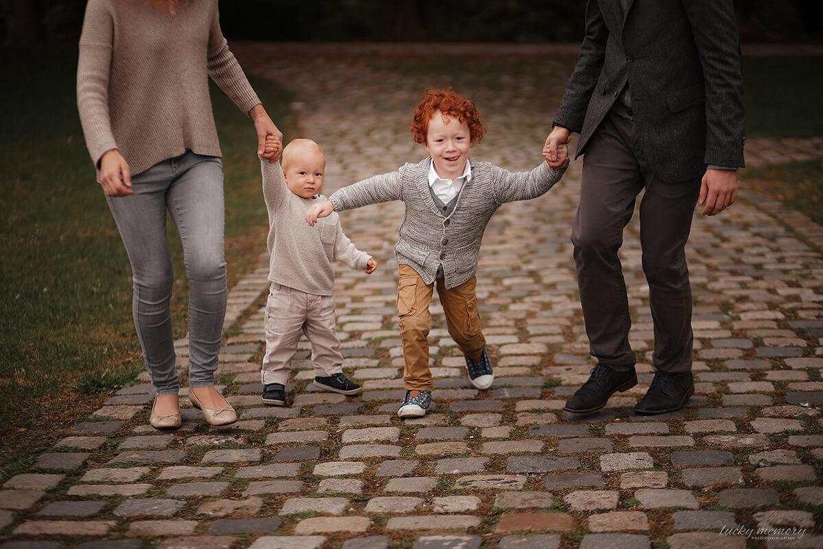 Familienfotografie in der Natur München