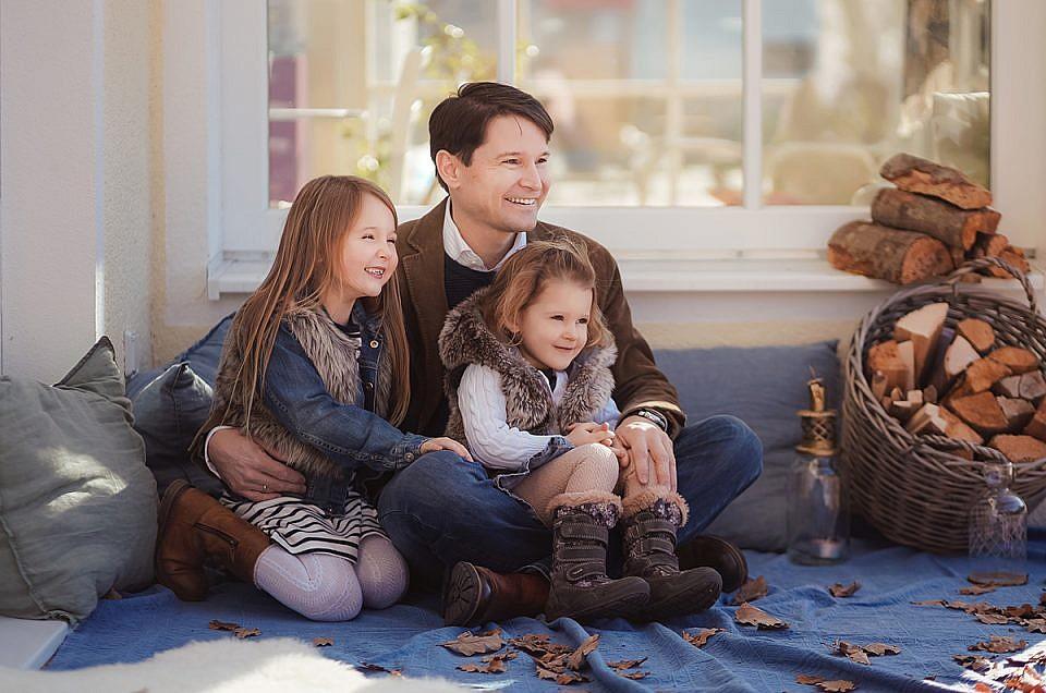 Familienfotos Zuhause in München - Familienfotografin Munchen