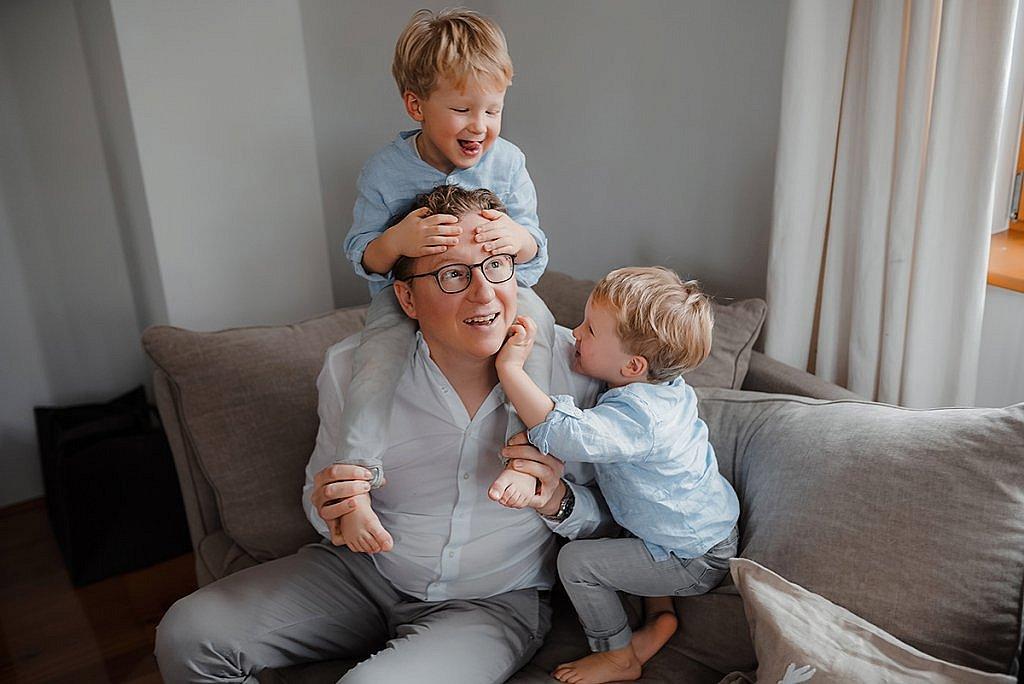 Lifestyle Familien Fotoshooting mit Kindern München