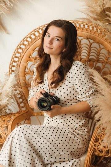 Natalie ist für euch als liebevolle Babyfotografin und Familienfotografin in München